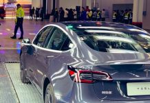 Електромобілі Tesla встановили рекорд продажів в Китаї незважаючи на епідемію COVID-19